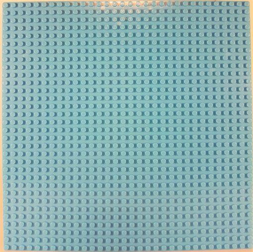 Image of 1kg Bricks & Pieces – Light Blue baseplate