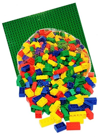 Image of 1kg Bricks & Pieces – Prime & Green baseplate