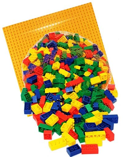 Image of 1kg Bricks & Pieces – Prime & Yellow baseplate